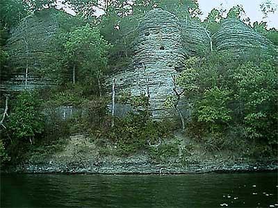 Beaver Lakefront Cabins in Eureka Springs, Arkansas