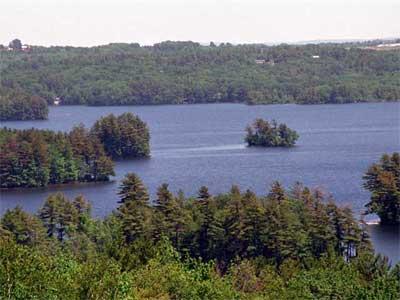 Damariscotta lake of maine for Fishing spots around me