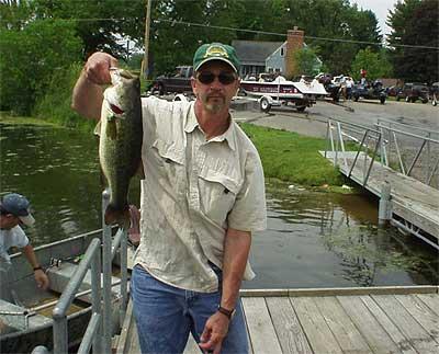 Lake erie of michigan for Lake erie perch fishing hot spots