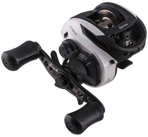 how to clean a baitcasting reel